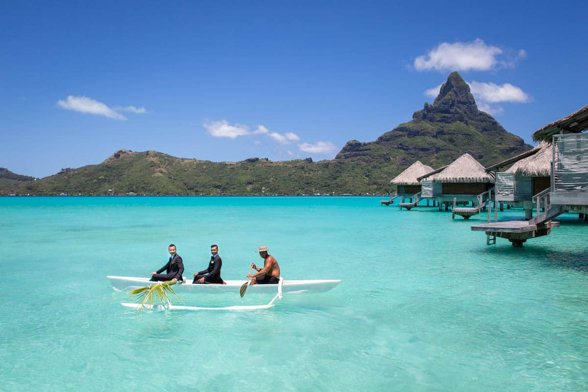 Polynesian wedding ceremony ride