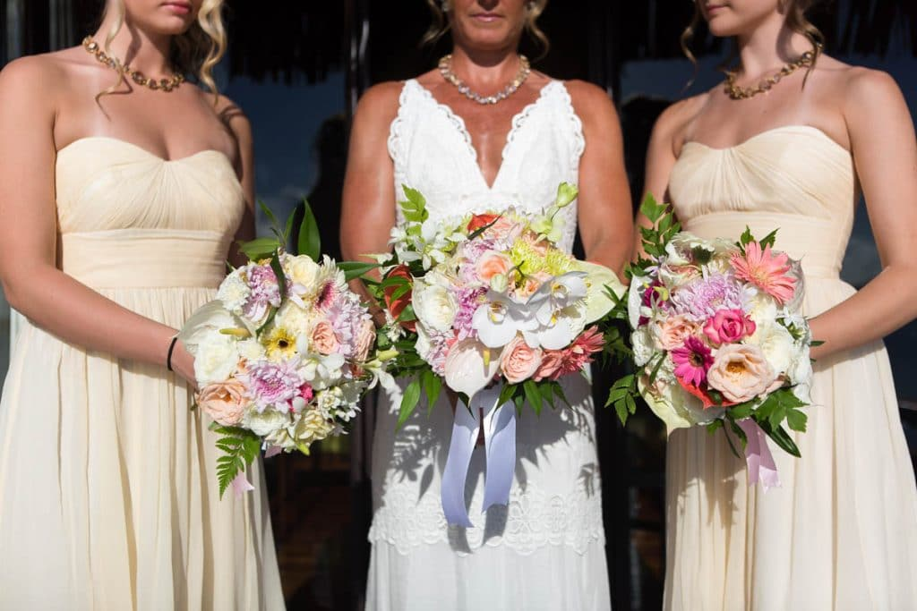 different styles of bouquets